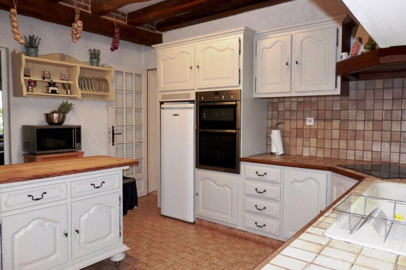 D Kitchen