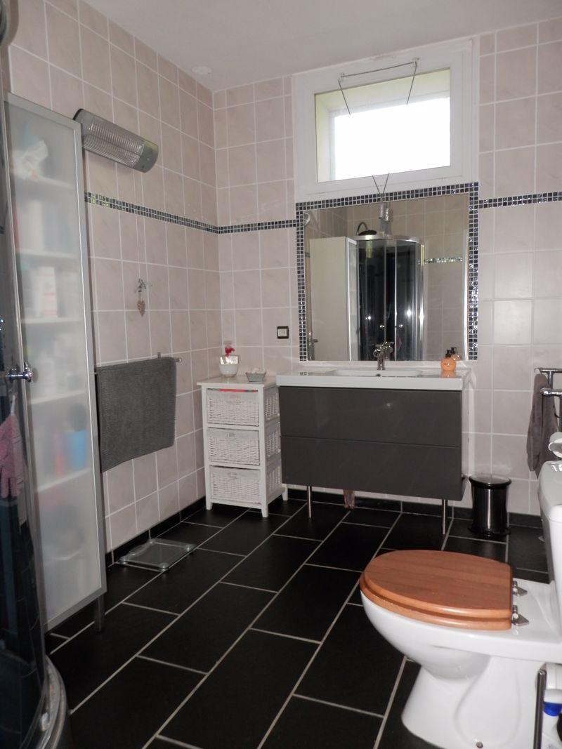 G1 Bathroom