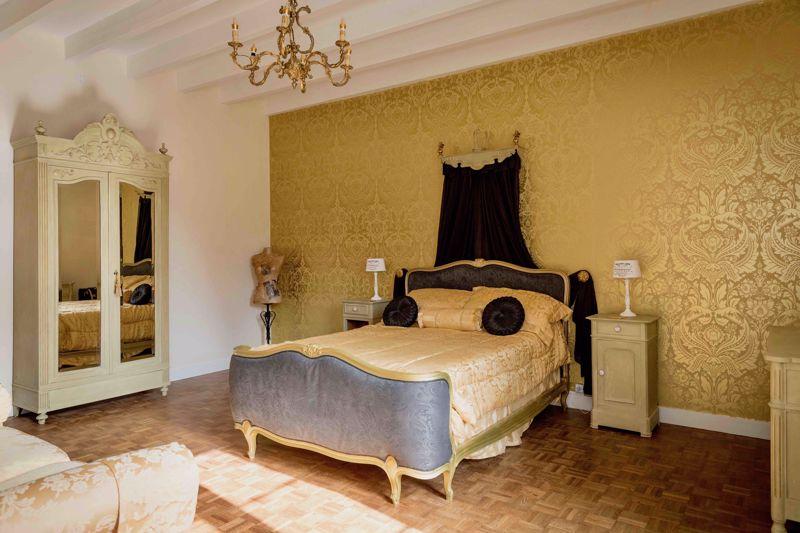 T Cottage bedroom