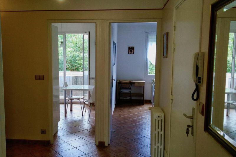 12.-Entrance-hall