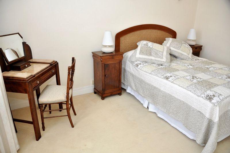 Photo 10 Bedroom 1