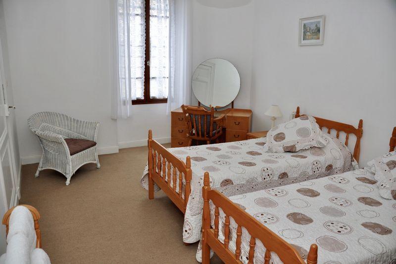Photo 12 Bedroom 2