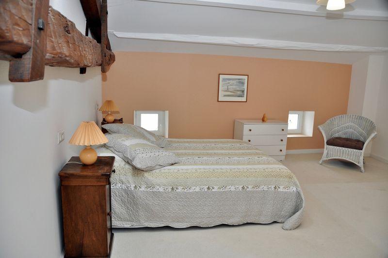 Photo 13 Bedroom 3