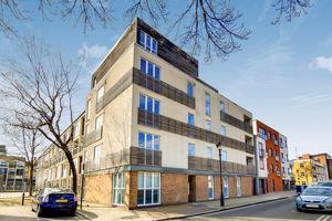 Milton Court, Wrights Road