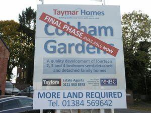 Cobham Gardens, Whitehall Road