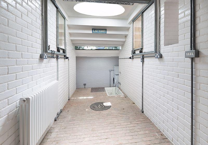 Lower ground floor utility area/doggy wash