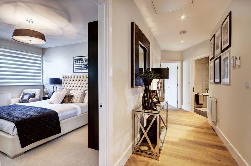 Hallway / Bedroom 2