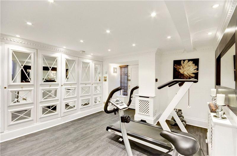 Studio / Gym