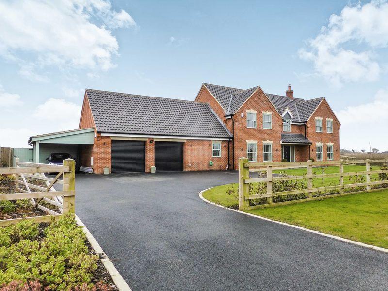 4 Grange Farm Close Filby