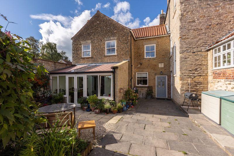 & Digger Cottage, Hovingham