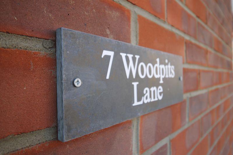 Woodpits Lane