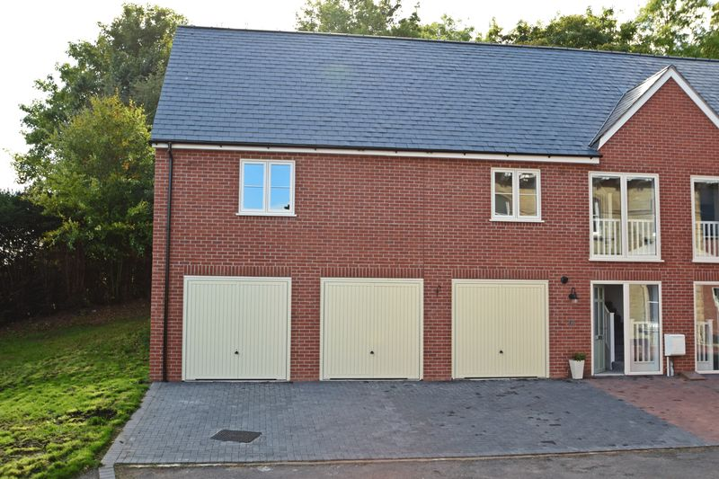 4 Bedrooms Property for sale in Bellemere Gardens College Road, Malvern