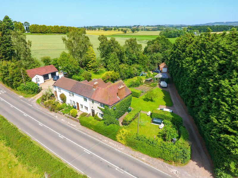 Brook Cottage, Kidderminster Road Dodford