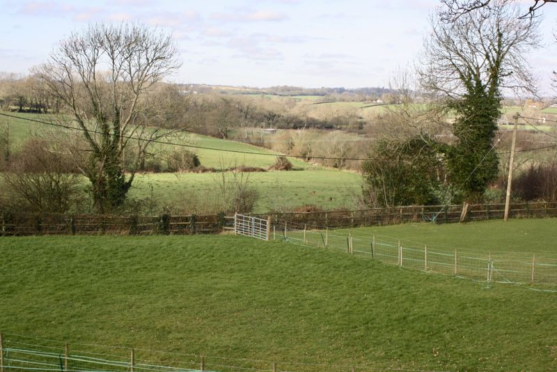 Clewers Hill Waltham Chase