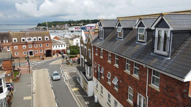 6 Mill Hill Road
