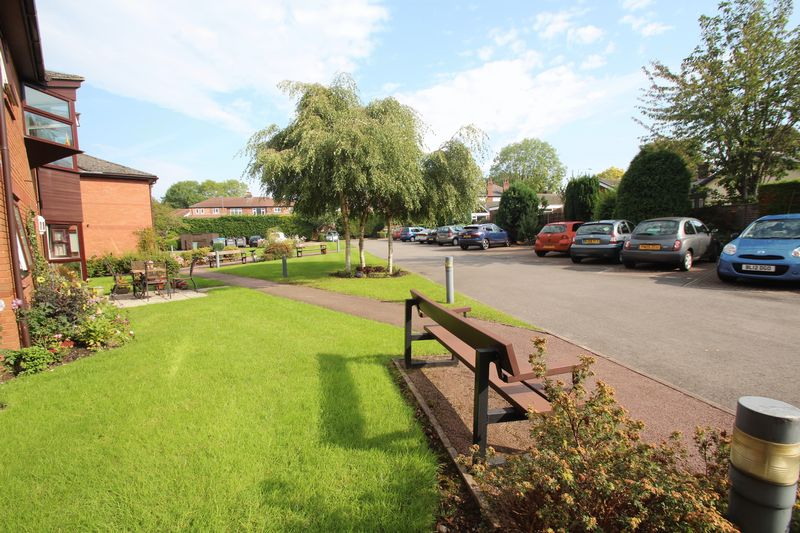Central Drive Romiley