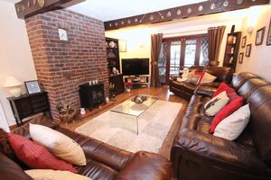 Heys Farm Cottages Romiley
