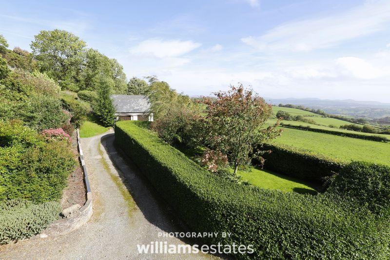 Clawddnewydd