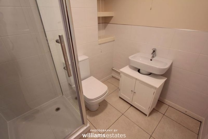 4A Bathroom