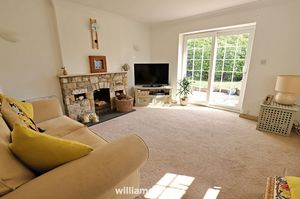 Annexe Living Room One