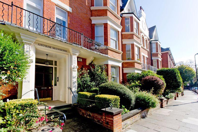 Antrim Mansions, Antrim Road
