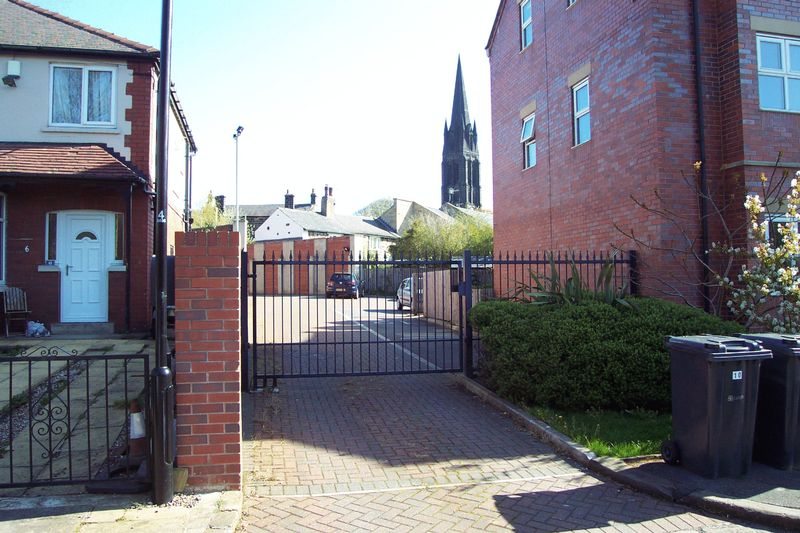St  Michaels Lane Headingley