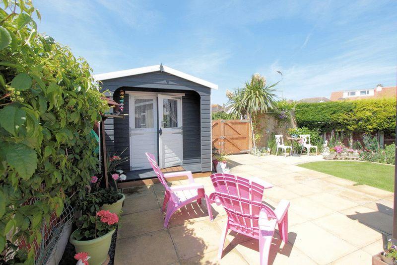 summer house & patio