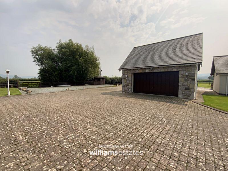 double garage & drive