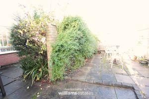 additional side garden area