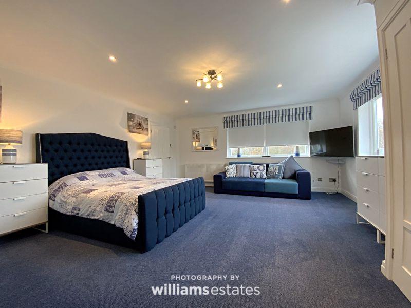1st floor master bedroom 3