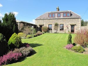 1-2 Colmslie Farm Cottages Langshaw