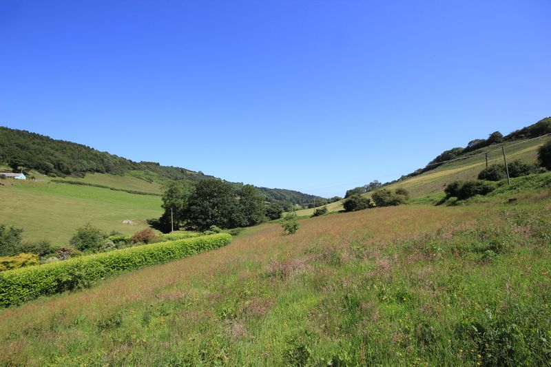 Cilgwyn Road Nant Y Glyn Valley
