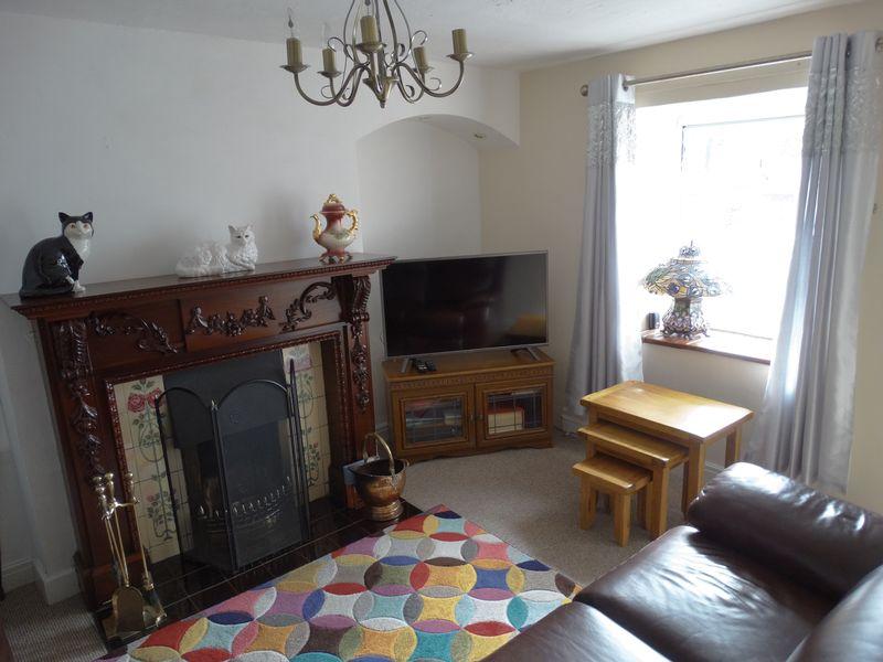Bodryfedd Terrace Llysfaen