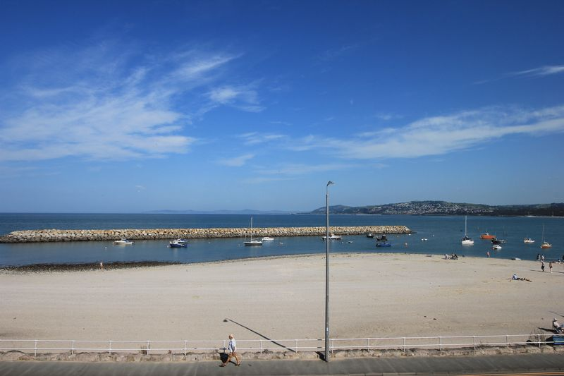 105/107 Rhos Promenade