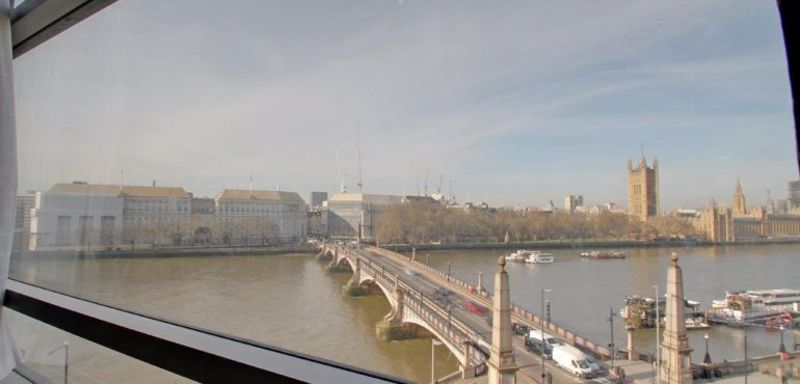 Albert Embankment Parliament View