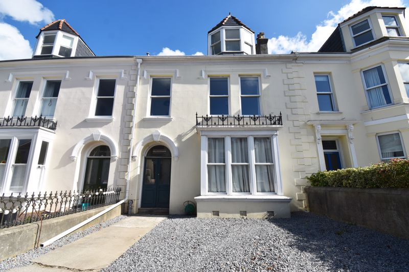 **UNDER OFFER WITH MAWSON COLLINS** Top Flat, Hildersham Kings Road