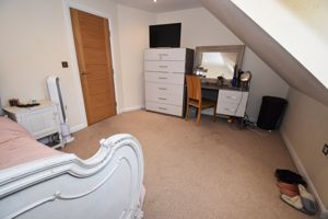 ** UNDER OFFER WITH MAWSON COLLINS **  Myhomey Damouettes Lane