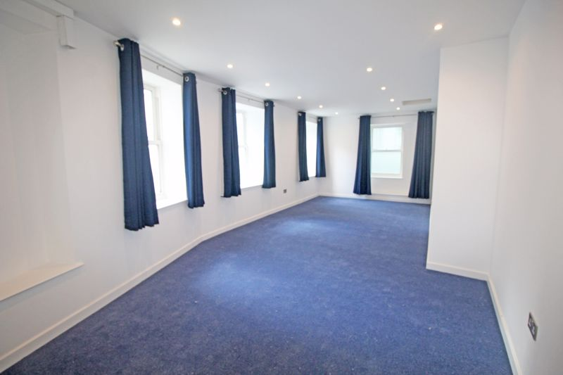 **UNDER OFF WITH MAWSON COLLINS** 1 Tower Hill ApartmentS
