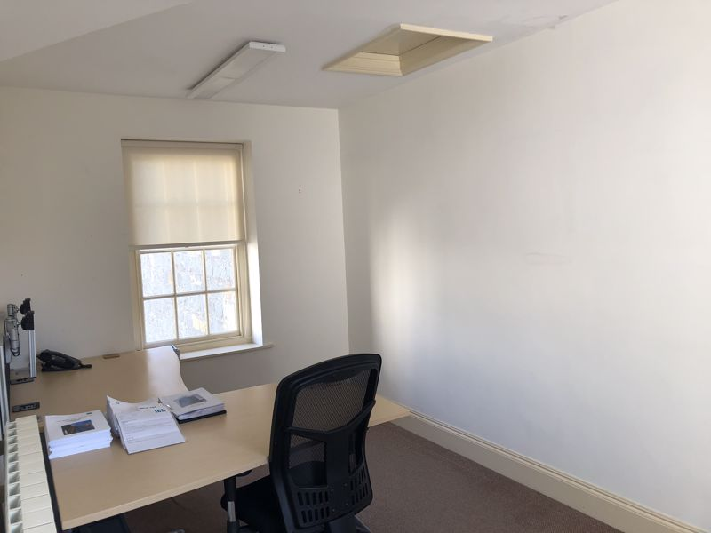 First Floor Office, Warwick House, The Grange