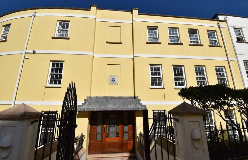 Apt 4 Perrons House, Royal Gardens Bosq Lane