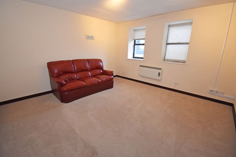 **UNDER OFFER WITH MAWSON COLLINS** Flat 2, Lyric House