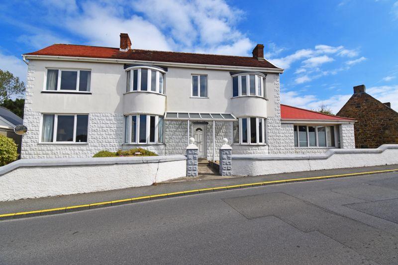 Earlswood House, Ville Baudu