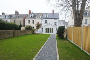 **UNDER OFFER WITH MAWSON COLLINS** Fontania, Brock Road