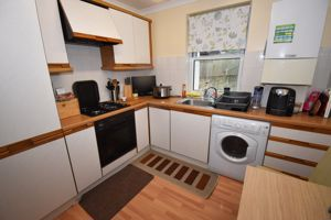 ** UNDER OFFER WITH MAWSON COLLINS ** Flat D, Kelso Lodge Cordier Hill