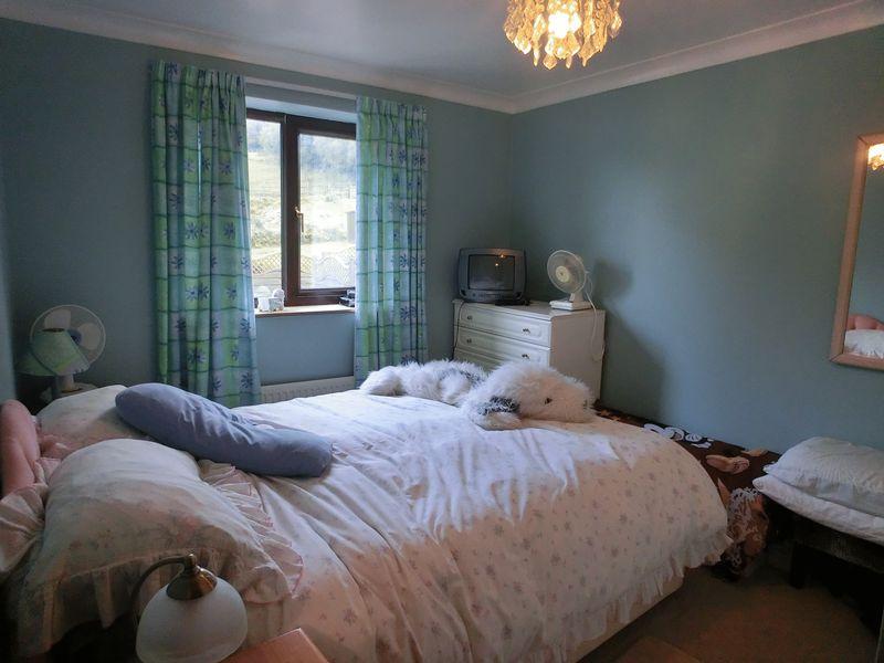 Golwg Y Mynydd Craig-Cefn-Parc