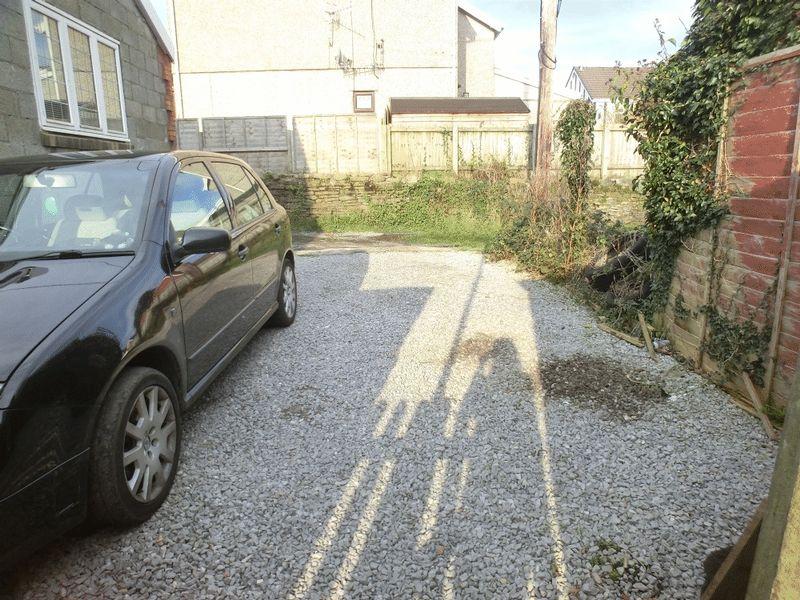 Lone Road Clydach