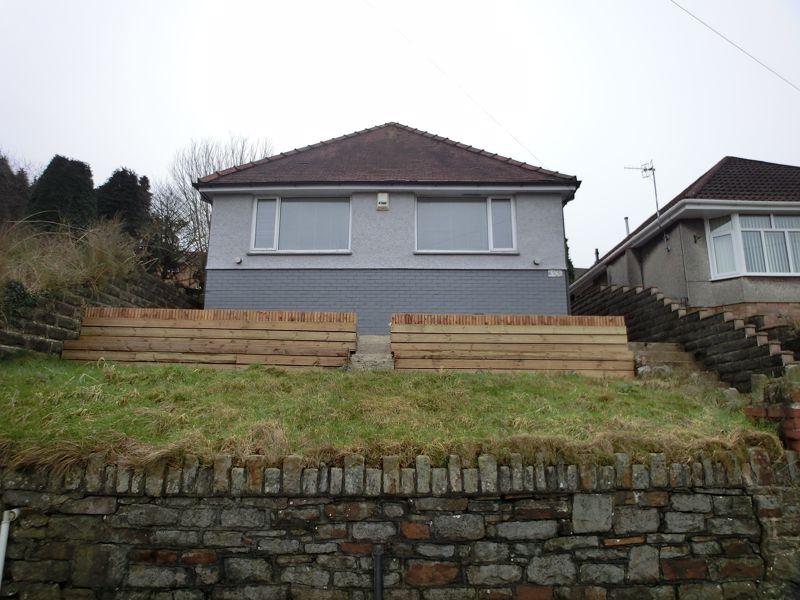 Swansea Road Waunarlwydd
