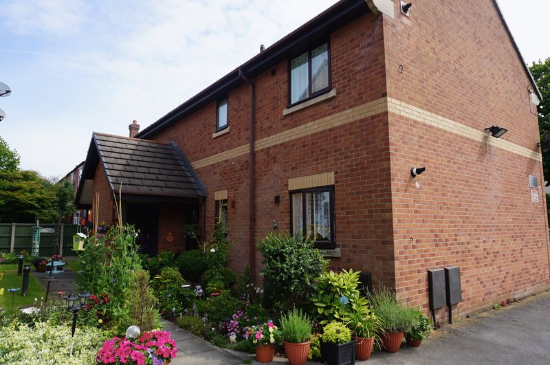 5 Lodge Avenue Urmston