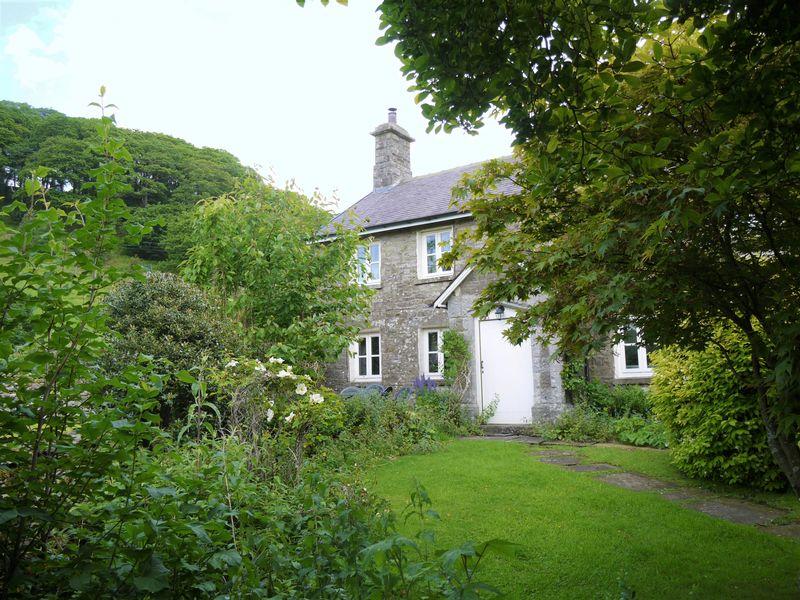 Front Elevation & Garden