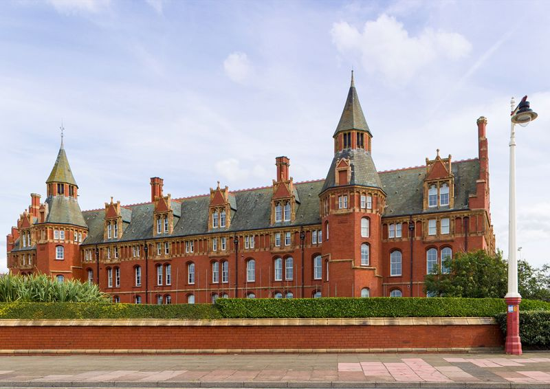 Marine Gate Mansions